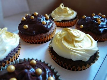 vanilla-chocolate-cupcakes-the-purple-pumpkin-blogspot42
