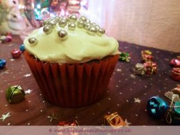 Christmas Fruit Cake Cupcake