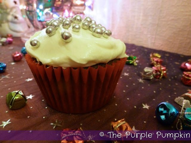 Cake Decorating Kit Tesco : Spiced Christmas Fruit Cupcakes   The Purple Pumpkin Blog