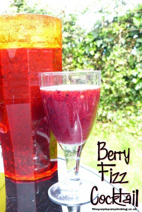 berry-fizz-cocktail