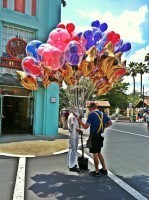 Mickey Mouse Balloons | #100DaysOfDisney – Day 67 | Theme Park Thursday