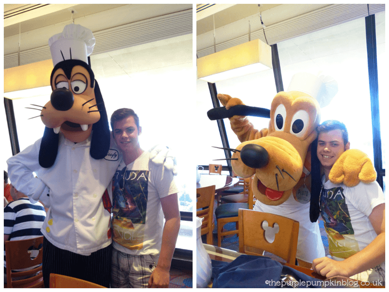 Meeting Goofy and Pluto at Chef Mickeys