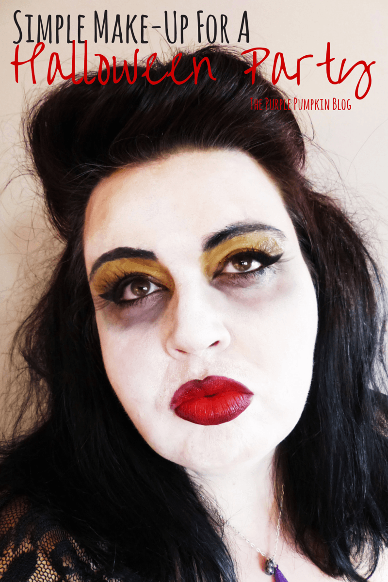 Simple Make-Up For A Halloween Party