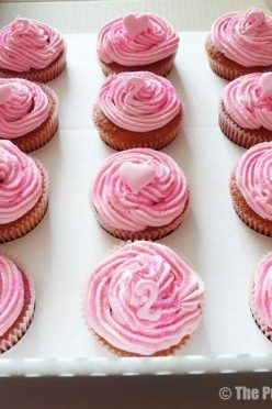 Pink Glitter Cupcakes