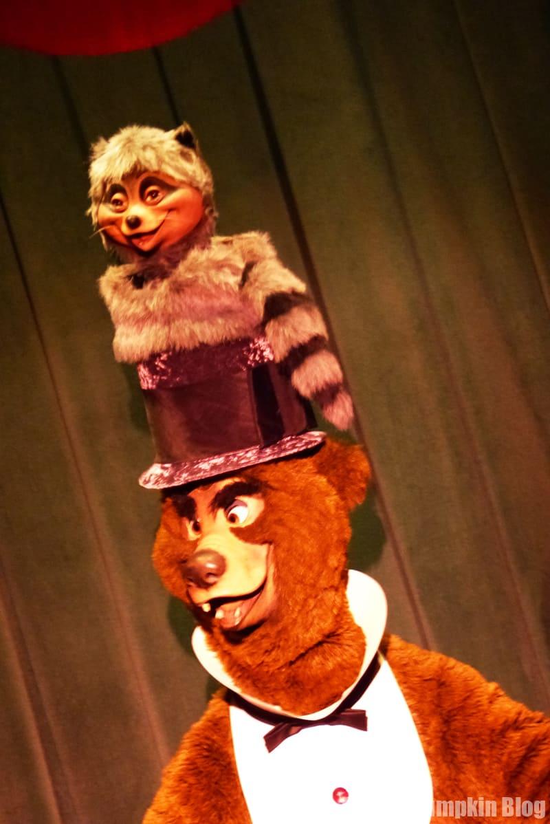 Country Bear Jamboree - Frontierland, Magic Kingdom, Walt Disney World - Henry & Sammy