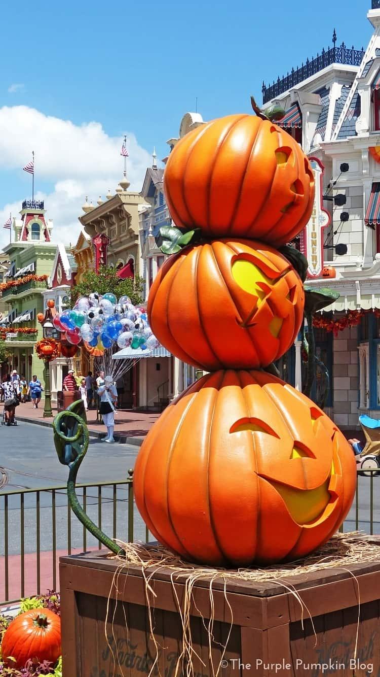 Disney Halloween iPhone Wallpapers