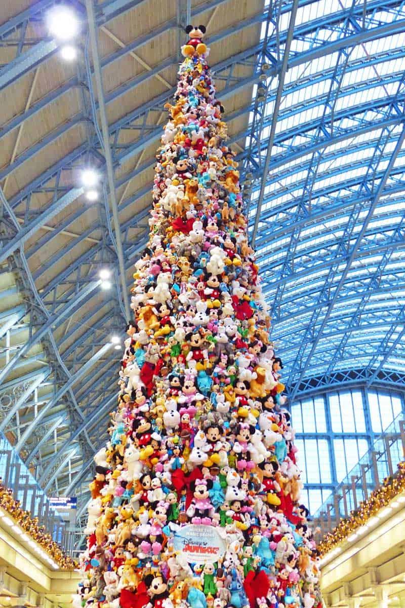 Christmas at Disneyland Paris - Part 1