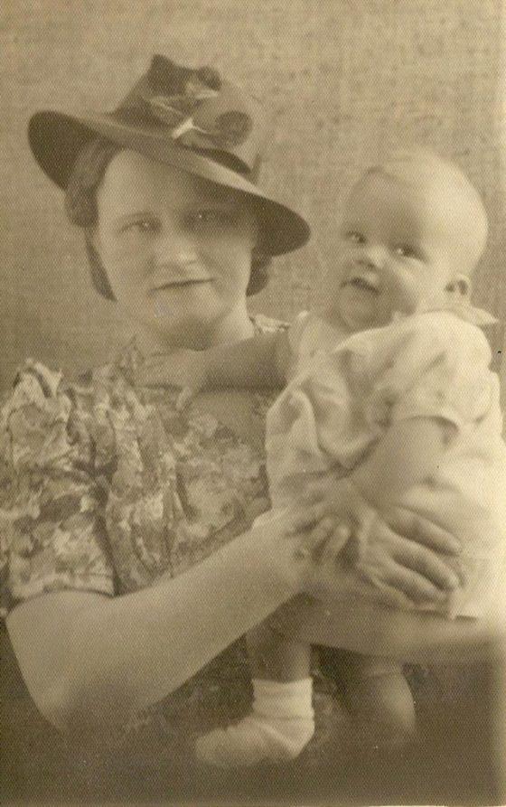 Big Nanny + Auntie Ann