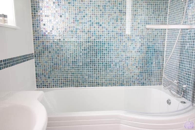 Lovely Beach Bathroom Bathroom Takeaway
