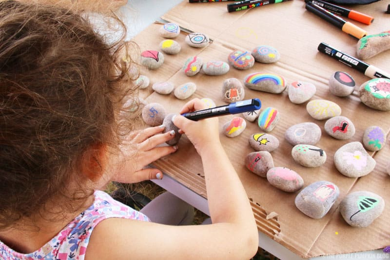 Painting on stones with Posca Pens