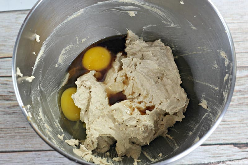 creamed bugger and sugar with eggs