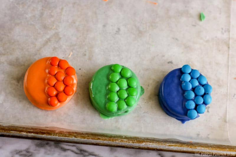 "M&M's ""fish scales"" added to cookies"
