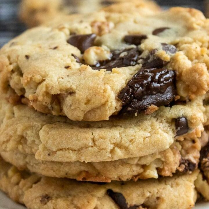 Walnut Chocolate Chunk Cookies Recipe