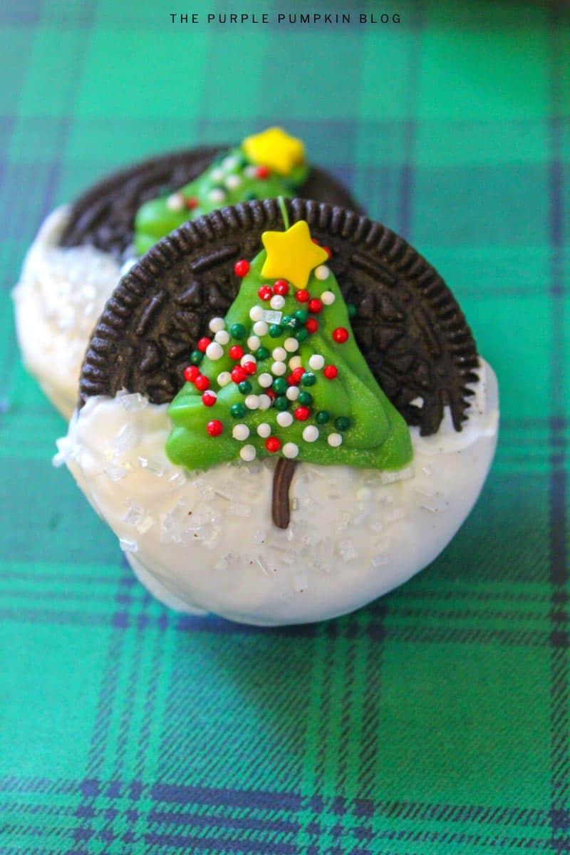 Fun Christmas Tree Oreos