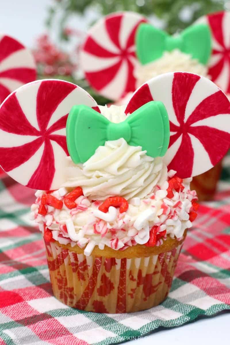 Minnie Mouse Peppermint Swirl Cupcake Recipe