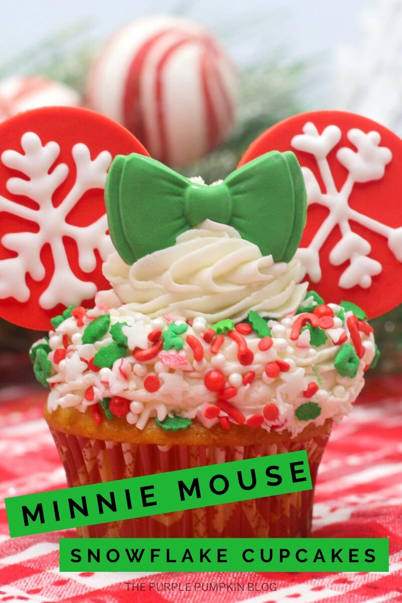 Minnie Mouse Snowflake Cupcakes