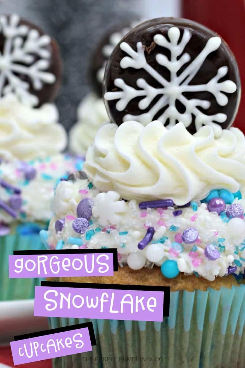 Gorgeous-Snowflake-Cupcakes