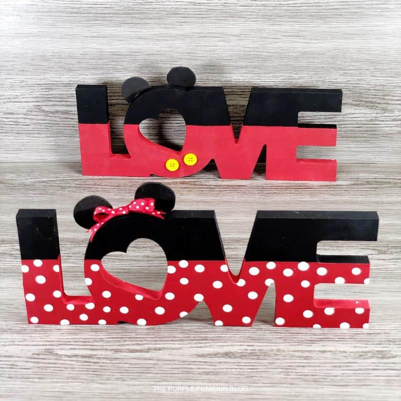 Cute Disney Mickey & Minnie Mouse Love Signs