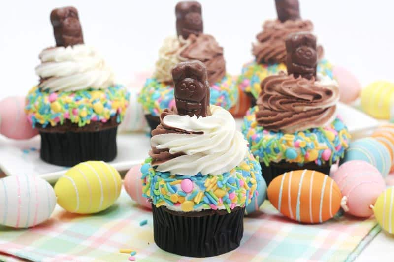Peanut Butter Chocolate Easter Cupcakes
