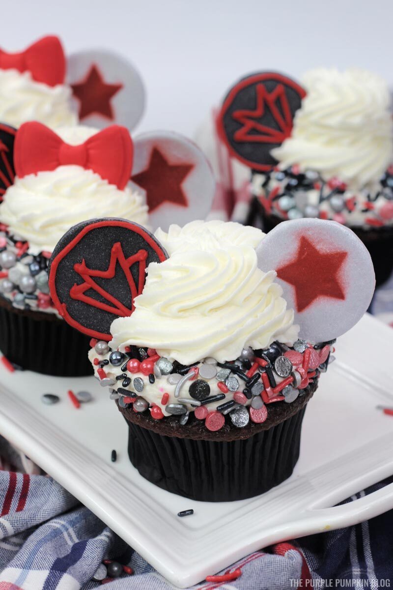 Recipe for Marvel Cupcakes - Falcon and Winter Soldier