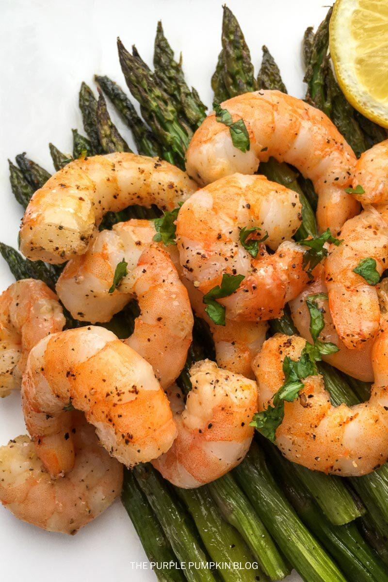 30-Minute Lemon-Garlic Shrimp & Asparagus Recipe
